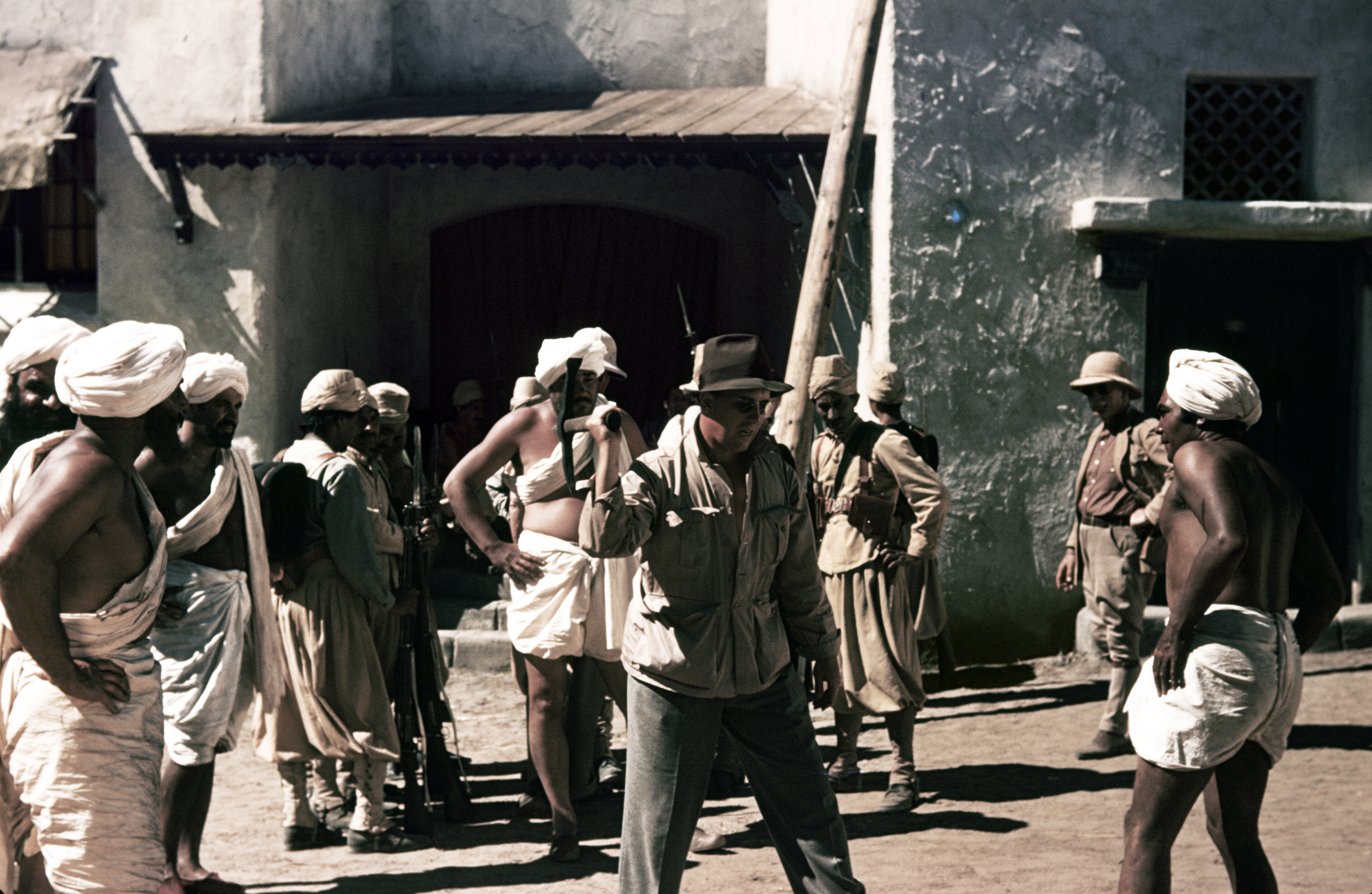 Quiet On The Set Gunga Din 1939 And The Hollywood Mirage Get the track instantly from 3rd july when you pre order on. the retro set